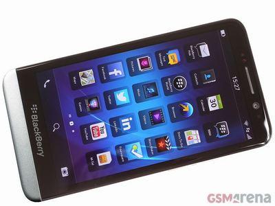 Blackberry-Z30-Hitam